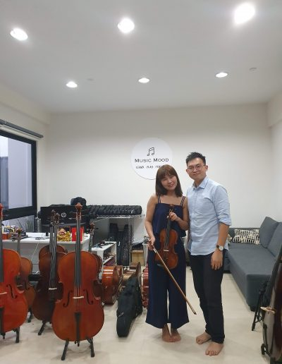adult learning violin class