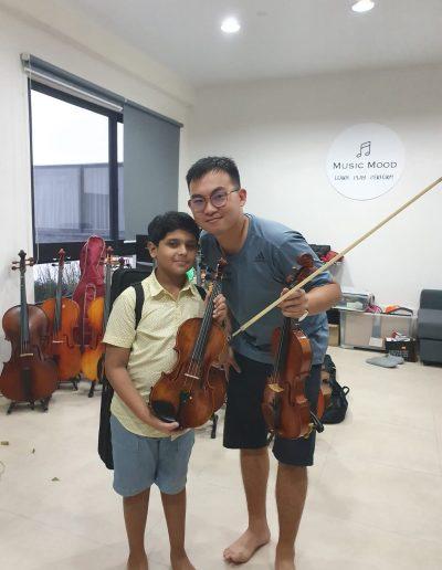 kids love his new violin